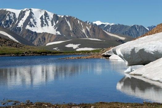Sunny day in the Altai