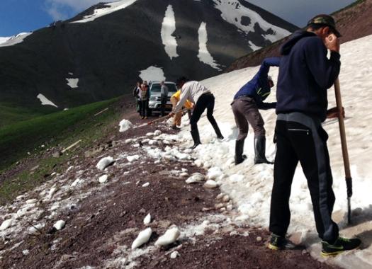 Clearing Karakol pass
